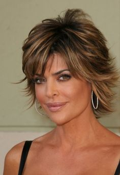 If I were to ever go this short, this would be the cut and color. It's so pretty. I've alwayed loved her look.