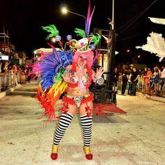 http://gentedepueblo.com/cultura/7230-nadia-y-tito-dos-bailarines-que-se-destacan-en-samberos-.html