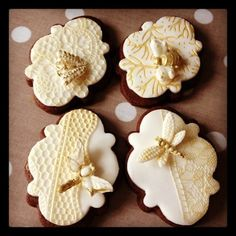 wonderful details on plaque cookies decorated with fireflies and butterflies