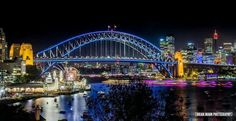 Vivid light show_ Sydney