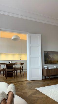 Interior, House Rooms, Home Decor, House Interior, Apartment Inspiration, Interiors Dream, Home Interior Design, Interior Design, Interior Inspo