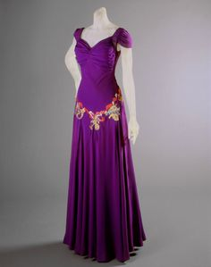 Evening Dress Elsa Schiaparelli, 1939 The Philadelphia Museum of Art