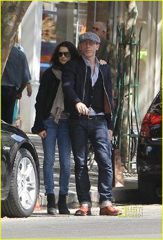 Daniel Craig & Rachel Weisz | He has awesome glasses.