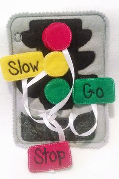 This listing is for 1 felt traffic light quiet book page and can be added to other pages to create the perfect quiet book. Practice learning