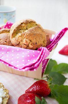 Low Carb Frühstücksbrötchen mit Chia Samen & Haselnüssen – Low Carb Köstlichkeiten