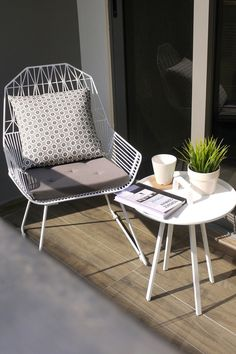Modern Balcony Table And Chairs.Marvellous Apartment Balcony Furniture To Be In Awe Of . Pin By Sloansayswhat On Small Apartment Balcony Decor And . Extravagant Home In Corona Del Mar California. Home Design Ideas Balcony Chairs, Outdoor Chairs, Outdoor Decor, Balcony Grill, Outdoor Spaces, Balcony Tiles, Balcony Planters, Small Patio Furniture, Furniture Ideas