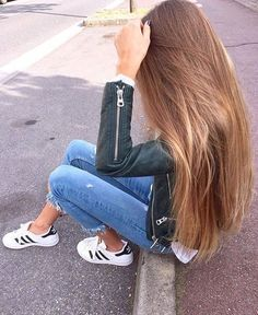 Trendy Long Hair Women's Styles by Long To Short Hair, Very Long Hair, Straight Long Hair, Naturally Straight, Beautiful Long Hair, Gorgeous Hair, Pretty Hairstyles, Straight Hairstyles, Hairstyle Ideas