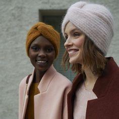 tricoter un turban au style retro - Mode Ideen Look Fashion, Retro Fashion, Womens Fashion, Retro Mode, Retro Stil, Estilo Retro, Mode Outfits, Mode Inspiration, Colour Inspiration