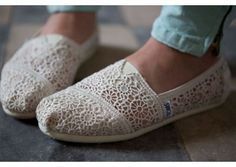 Toms Outlet,Ready for winter? TOMS these TOMS for winter Online, Welcome to Toms Outlet.Toms outlet provide high ——The best Christmas gift Cheap Toms Shoes, Toms Shoes Outlet, Toms Flats, Ballet Flats, Lace Toms, Vanz, Crochet Shoes, Toms Crochet, Plimsolls