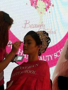 Chenny han beauty school