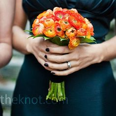 LOVE! So bright and beautiful! Orange ranunculus bouquets wrapped in ...