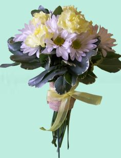 Occasions Florist  murphy NC  Carn and Daisy bouquet front view