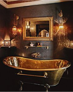 'her nephew had presented her with one of the more fashionable roll-top kind.' This pic – Copper bath Dream Bathrooms, Beautiful Bathrooms, Luxury Bathrooms, Boho Home, Basement Remodeling, Basement Ideas, Bathroom Interior, Bathroom Inspiration, Luxury Furniture