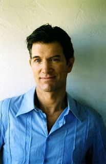 Exlovers / The Model / Giant Drag >>  Chris Isaak (Wicked Game)