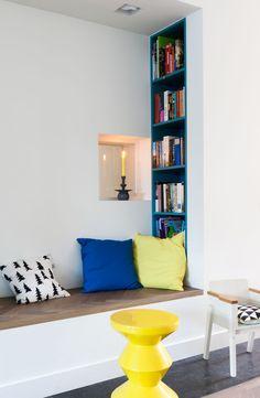 Leeshoek Hygge, Home And Living, Living Room, Reading Nook, Kids Bedroom, Bedroom Ideas, Bookshelves, Sweet Home, New Homes