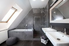 Shower and bath in Attic or Slanted roof bathroom with sink and skylight home renovation diy Sloped Ceiling Bathroom, Small Attic Bathroom, Attic Master Bedroom, Loft Bathroom, Slanted Ceiling, Upstairs Bathrooms, Attic Rooms, Bathroom Design Small, Bathroom Interior