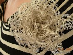Bobbin lace brooch or fascinator Lace Art, Fabric Textures, Fabric Jewelry, Bobbin Lace, Fascinator, Tatting, Diy And Crafts, Textiles, Rose