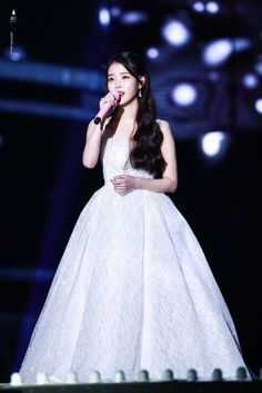 IU's sequinned ivory wedding dress from the Melon Music Awards in South Korea wedding dress. Sequin Wedding, Ivory Wedding, Wedding Gowns, Iu Fashion, Stage Outfits, Korean Actresses, Music Awards, Kpop Girls, Stylish Outfits