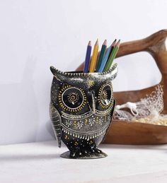 Art of Jodhpur Multicolour Metal Pen Holder Sign up for price alert Dimensions (In Inches): Length: 6, Height: 9 Material: Metal Weight: 850 Grams Colour: Multicolour Pack Content: 1 Pen Holder