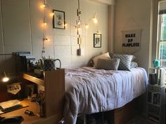 Samford Dorm Room - My best education list University Rooms, Dorm Life, College Life, Small Dorm, Dorm Room Bedding, College Dorm Decorations, College Dorm Rooms, Interior Design Living Room, Bedroom Decor
