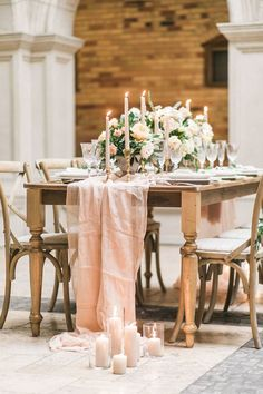 Timeless romantic tablescape: http://www.stylemepretty.com/2017/04/17/timeless-romance-inspiration-shoot/ Photography: Rhythm - http://www.rhythm-photography.com/
