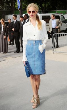Poppy Delevingne's denim pencil skirt paired with glittered platforms is a look to try this summer // #CelebrityStyle #SummerStyling