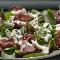 Quick and simple recipe for Biltong and Blue Cheese Salad – decadence and deliciousness Ingredients 2 punnets rocket leaves 6 preserved whole green figs cut into quarters very finely […] Chickpea Salad Recipes, Easy Salad Recipes, Easy Salads, Beef Salad, African Salad, Blue Cheese Salad, Spiced Cauliflower, Fig Recipes, Oven Recipes
