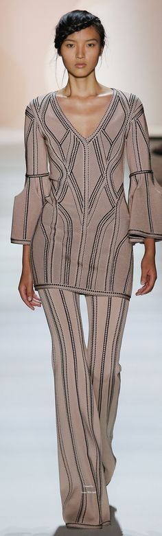 Hervé Léger by Max Azria Collection Spring 2016 Ready-to-Wear