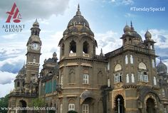 #Tuesday Spacial !! Shree #ChhatrapatiShahu #Museum in #Kolhapur is an historic building #constructed during 1877-1884. the #building has been #built in black, polished stone and on every glass are painted the events in #Shivaji's life. Even today, it is the #residence of Shreemant Shahu Maharaj. This musium exhibits royal ways of existence.  www.arihantbuildcon.com  #HistoricalBuilding #AmazingPlace