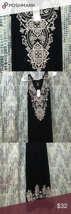 Beautiful long dress, NWT!! Beautiful navy blue long dress with a white pattern at the top as well as the bottom, this beauty will look amazing for any occasion!! Chelsea & theodore Dresses Asymmetrical