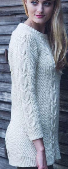 Twisted cable pullover