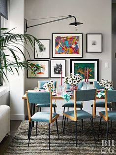 An 800-Square-Foot Apartment That's Dressed for Success