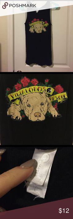 Villalobos dog rescue Pitbull tank In good condition. From Villalobos pit bul rescue, pitbulls and parolees. Pretty stretchy. Tops Tank Tops