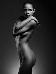 Fine Nude Art – A Provocative or the Most Honest Art? | Cruzine