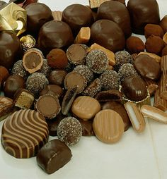 With #Halloween approaching, why not celebrate with some chocolate? Today is National #Chocolates Day! Here are some interesting facts about chocolate. http://facts.randomhistory.com/chocolate-facts.html