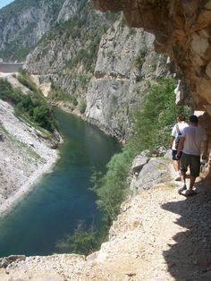 Canyon sidewalk Matka, near Skopje