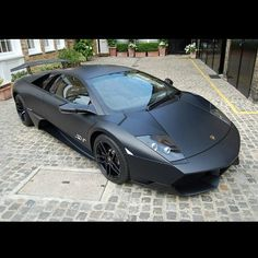 I am not a big fan of Lambos, but I cant lie, this is pretty clean! Lambo Murcielago.