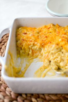 Easy Baked Mac and Cheese - Simply Scratch Simple Macaroni And Cheese Recipe, Cheesy Mac And Cheese, Bake Mac And Cheese, Easy Cheese, Baked Macaroni, Macaroni Cheese, Cheese Recipes, How To Cook Pasta, Casserole Dishes