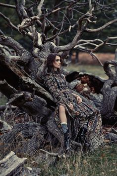 """this latest Tatler UK February 2016 """"Wet and Wild"""" fashion shoot by photographed Chantelle Dosser. Have a look on Bohemian Diesel now Editorial Photography, Nature Photography, Fashion Photography, Photography Ideas, Photoshoot Mode, Fashion Shoot, Editorial Fashion, Trendy Fashion, Boho Fashion"""