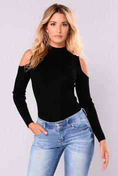 1b0a9e437f8 11 Best Black cold shoulder top outfit images