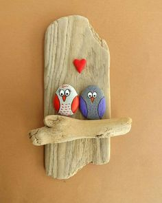 Stone Painting,Stone Painting How To Produce Wood Art ? Wood art is usually the job of surrounding around and inside, provided the surface of anything is flat. Pebble Painting, Pebble Art, Stone Painting, Diy Painting, Painting Tutorials, Garden Painting, Stone Crafts, Rock Crafts, Arts And Crafts