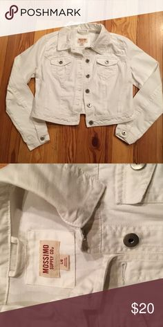 NWOT WHITE DENIM JACKET SO STYLISH! NWOT Stylish DENIM JACKET. Such a cute easy to style piece! It will be your go to for all kinds of looks! Wear it with tees, camis or flannels. Great piece for all your fall styles! IN MINT CONDITION...never worn. No rips, stains, tears or wear. FROM MY CLEAN NON SMOKING HOME. Check out my other items as I am cleaning out closets and listing a lot of good stuff! I do bundle. Thanks for looking!😊 Mossimo Supply Co Jackets & Coats Jean Jackets