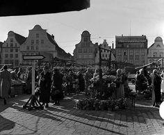Historisches Rostock - Neuer Markt, Sicht auf Steinstraße © Archiv Helmut Aude, Rostock ( ca. 1930 )
