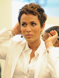 The Best Short Haircuts for Women: A Gorgeous Short Haircut