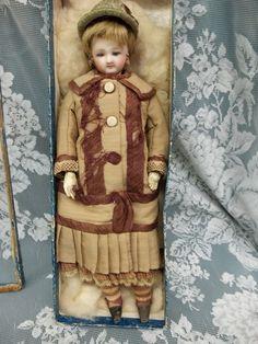 JOYCE'S DOLLS N STUFF on Ruby Lane http://www.rubylane.com/item/682830-JDS530/Very-11-Child-French-Fashion #antiquedoll #fashiondoll