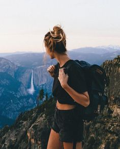 photos of nature Trendy travel girl style wanderlust 19 ideas Trendy Travel Girl Style Fernweh 19 Ideen Poses Photo, Photo Shoots, Camping Outfits, Hiking Outfits, Vacation Outfits, Cute Hiking Outfit, Foto Instagram, Instagram Feed, Photos Voyages