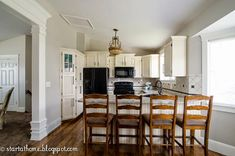 9 Pictures of a Totally Amazing Kitchen Restoration