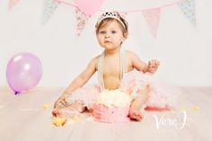 Cake Smash Photography Session with Liza! We had so much fun and she loved the cake.  Take a moment and visit my website veroj.com  #cakesmashphotographylondon #babyphotographylondon #verojphotography #London #newbornphotographylondon #baby #kids #birthday #cake #photo #photography