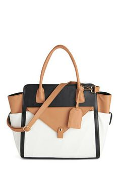 Feeling corporate? Pair this Structured Success Bag with any @Discover Pique #tights for the #office #workwear