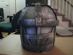 Happily Ever Crafter: DIY: Building a Medieval Helmet Out of Cardboard Hiccup Costume, Shrek Costume, Celtic Costume, Medieval Banner, Knight Shield, Medieval Helmets, Knights Helmet, Cosplay Armor, Deco
